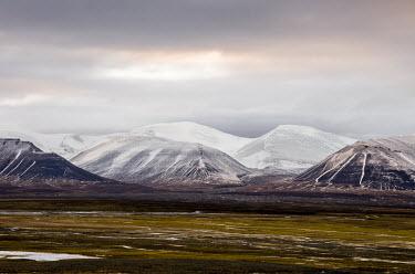 Light & Land Svalbard,landscape,mountains,valley,sky,snow,scenic