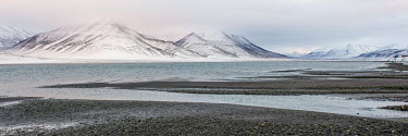 Svalbard landscape Arctic,Autumn,snow,snowline,Svalbard,mountains,valley,water,clouds,Snow,Snowline