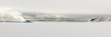 Svalbard landscape Arctic,clouds,glacier,skiing,snow,Svalbard,grey,panorama,Clouds,Glacier,Skiing,Snow