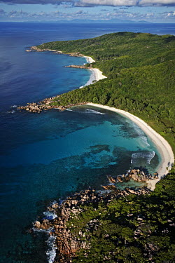 Aerial view of La Digue island - Seychelles environment,ecosystem,Habitat,reef,Coral reef,tropics,tropic,reefs,corals,tropical,coral structure,coral,coral reefs,saltwater,Marine,saline,coast,Coastal,coast line,coastline,beaches,Beach,Aquatic,wa